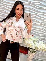 """Красивая белая женская блуза """"Цветение сакуры"""""""