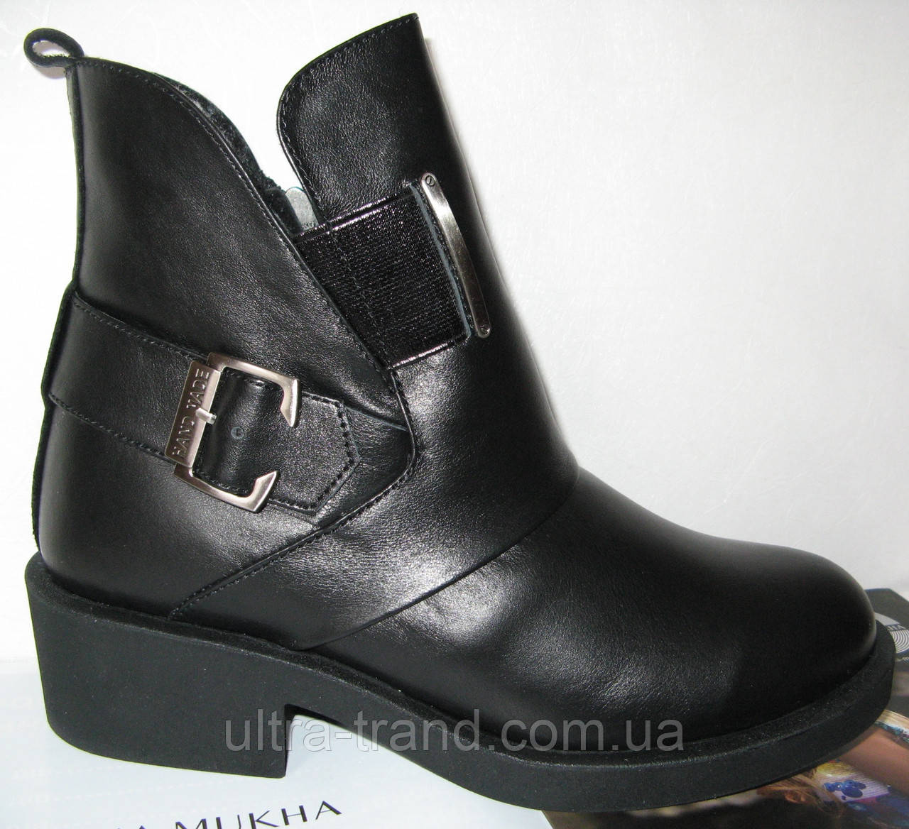 Женские демисезонные кожаные ботинки в стиле Diesel