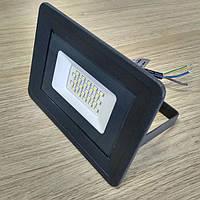 Светодиодный прожектор 20W Slim IP65 6500K 1800Lm SMD