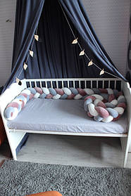 Самый оригинальный бортик в детскую кроватку 12
