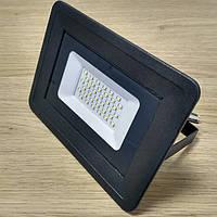Светодиодный прожектор 30W Slim IP65 6500K 2700Lm SMD
