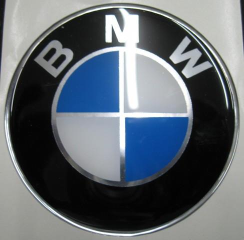 Силиконовые 3D наклейки BMW  75мм  и  82 мм