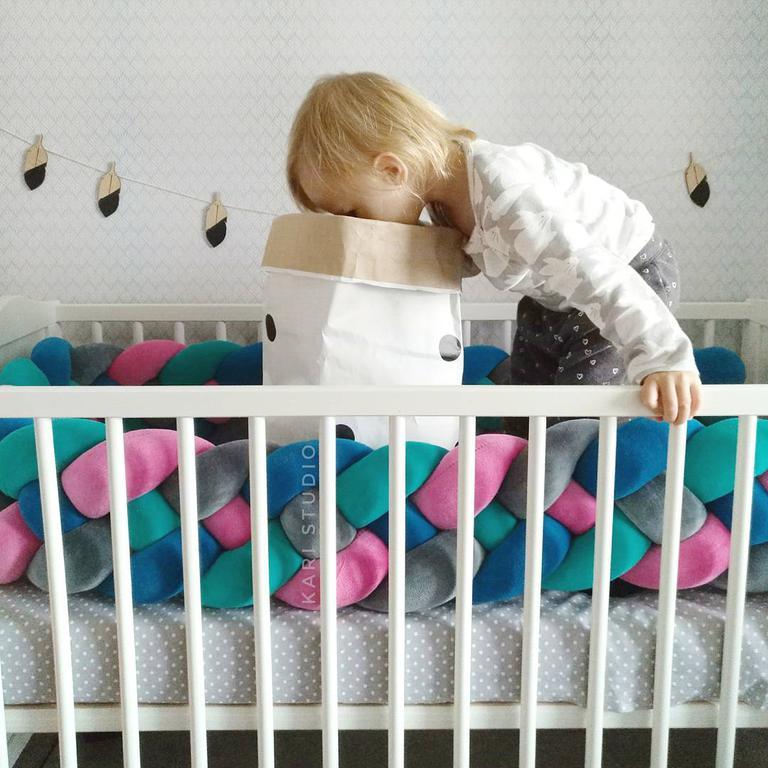 Самый оригинальный бортик в детскую кроватку