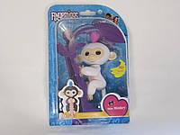 Fingerlings Baby Monkey Интерактивная Ручная Обезьянка СОФИЯ (белая с розовыми волосами)
