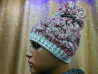 Молодежная шапка ажурной вязки с бубоном Lyon TM Loman, полушерстяная, цвет красная с серым, фото 1