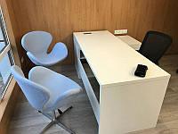 Кресло дизайнерское Сван голубое, с газовым лифтом, точная копия кресла Swan дизайн Арне Якобсена