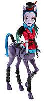 Monster High Авиа Троттер из серии Чумовое Слияние Freaky Fusion Avea Trotter Doll