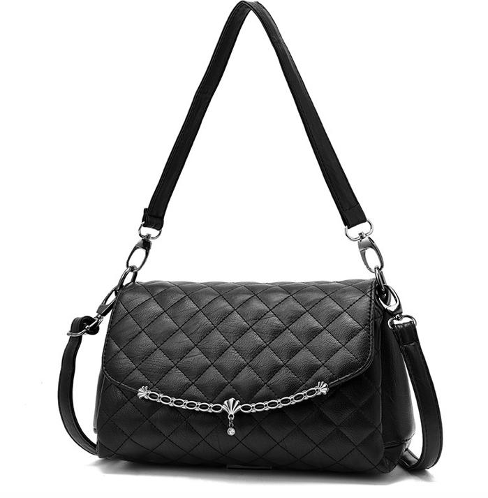 Купить Женскую сумку чёрную через плечо кросс боди Dely Чёрную ... 8df47b95c27