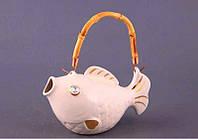 """Чайник заварочный 300 мл. фарфоровый с ротанговой ручкой """"Рыбка"""" бежевый со стразами"""