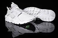 Женские кроссовки Nike Air Huarache.
