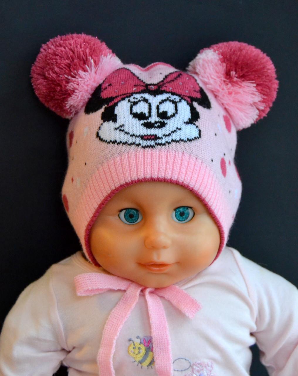 Красивая весенняя детская шапка с двумя помпонами