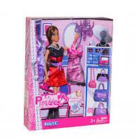 """Лялька """"Дизайнер одягу"""" в червоному (коробка) 81016А р.26,5*5,5*33 см"""