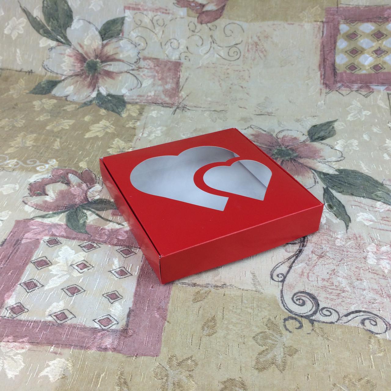 Коробка для пряников / 150х150х30 мм / печать-Красн / окно-2 Сердц / лк