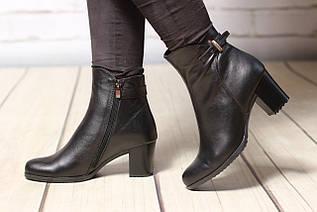 Жіночі шкіряні черевики TIFFANY на середньому каблуці зі вставкою з шкіри, замша
