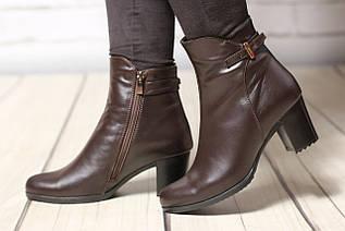Жіночі шкіряні черевики TIFFANY на середньому каблуці зі вставкою з коричневої шкіри