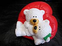 Статуэтка Мишки на подушке из сердца