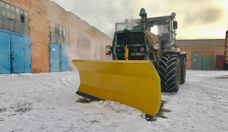 Cнегоочиститель (снегоотвал) для уборки снега на трактор МТЗ, ЮМЗ, Т-150