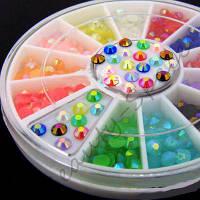 Стразы для декора ногтей в коробке