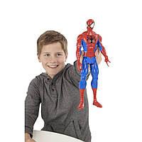 Акция! Большая игрушка Человек-Паук 30 см, серия Титаны -  Ultimate Spider-Man, Titans, Hasbro