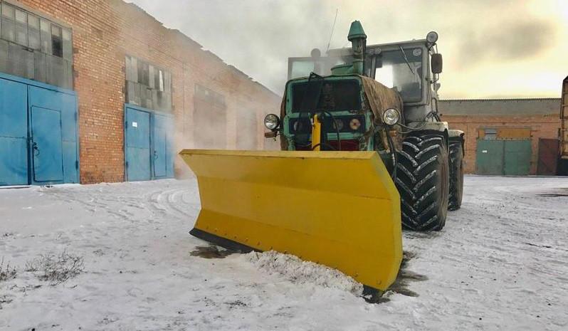 Бульдозерный снегоочиститель (снегоотвал) на трактор ЮМЗ, МТЗ, Т-40