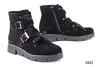 Женские ботинки короткие замшевые черные 1042