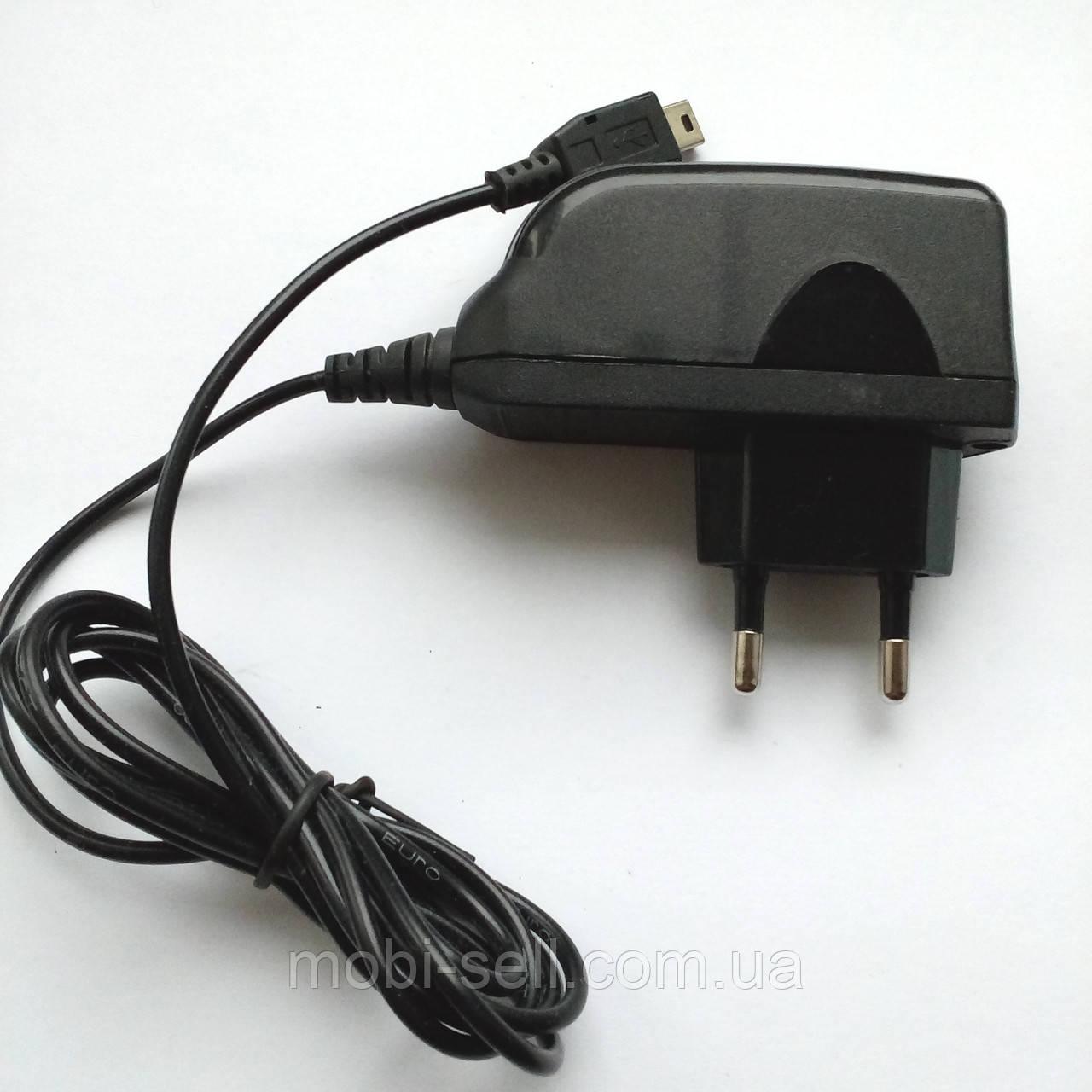Зарядний пристрій Mini USB універсальний (Китай)