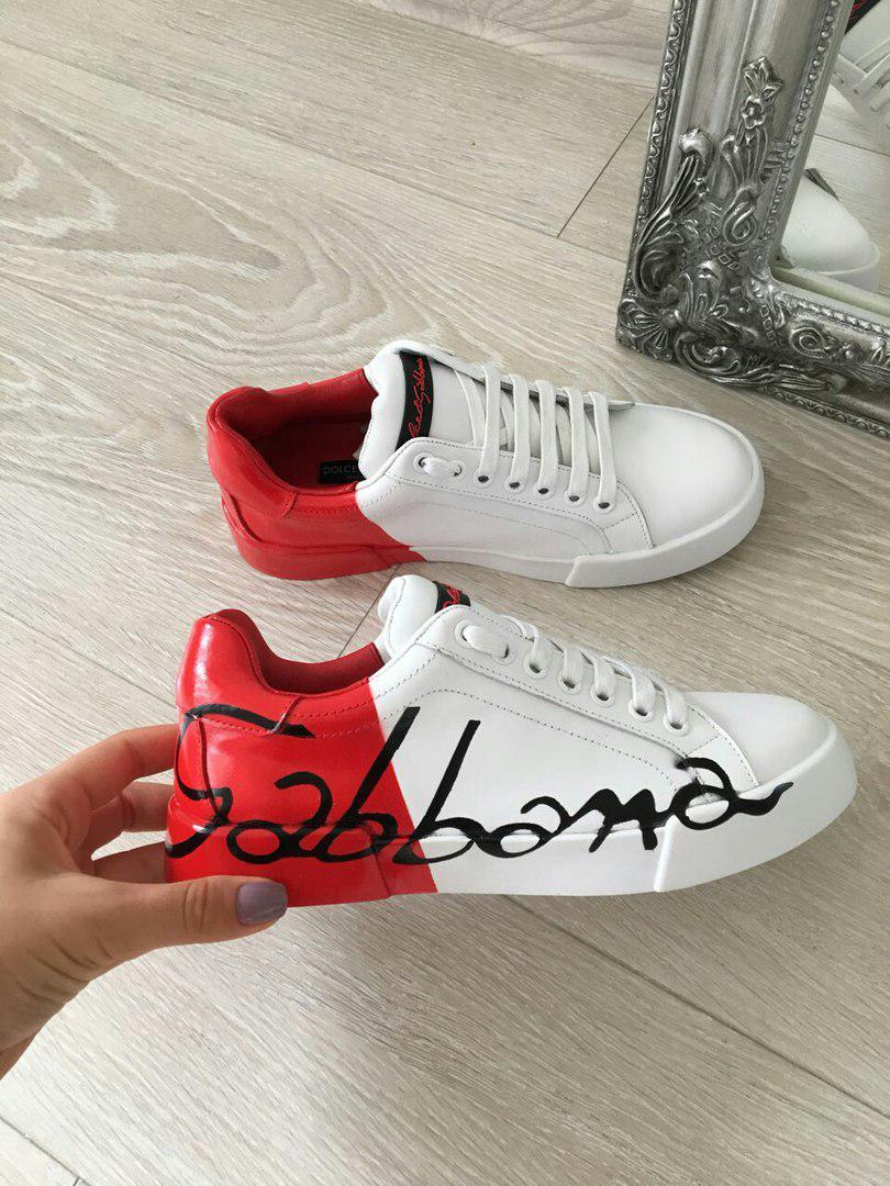 Женские кроссовки белые с красным кожаные