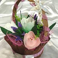 Корзинка цветы на 14 февраля день влюбленных