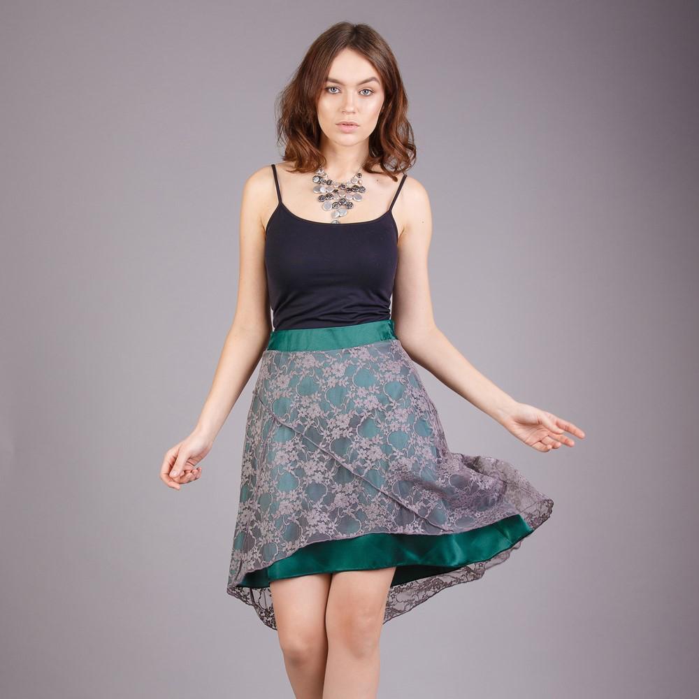 Женская летняя атласная юбка с гипюром Зеленая