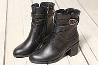 Жіночі шкіряні черевики TIFFANY на середньому каблуці з ремінцем, фото 1