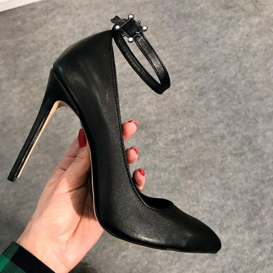 туфли лодочки с ремешками