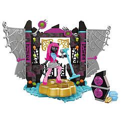 П, Конструктор Mega Bloks Monster High Catty Noir Кетти Нуар