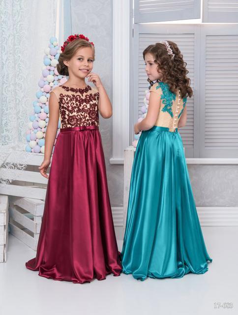 Нарядные платья и комплекты