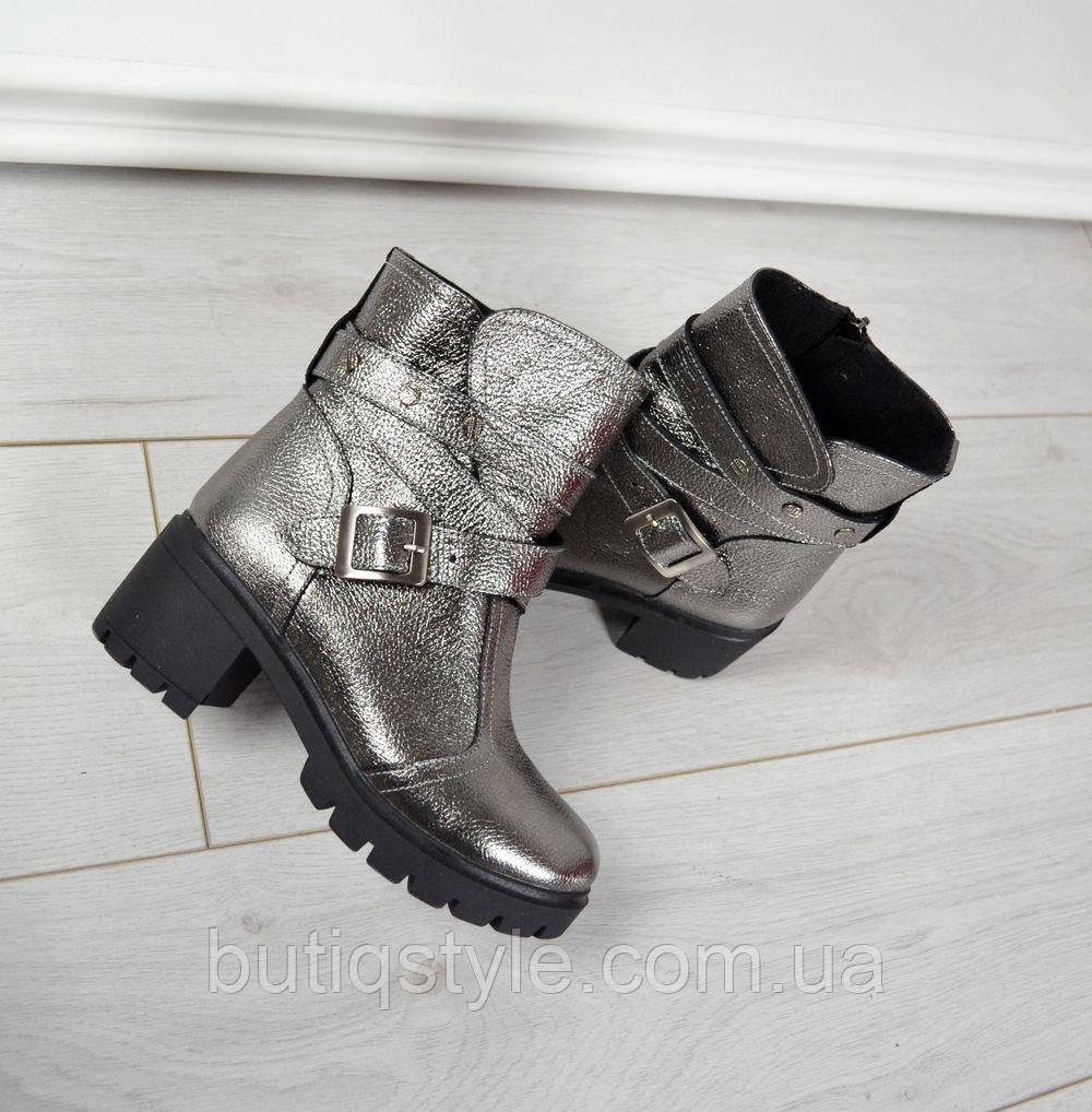 36, 37, 38, 40 размер! Демисезонные ботинки натуральная кожа, внутри флис. никель