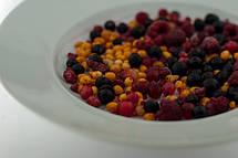 Замороженные ягоды и фрукты