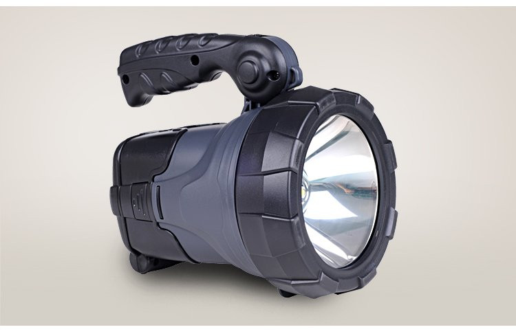 Фонарь поисковый-зарядка от дневного света и электросети.