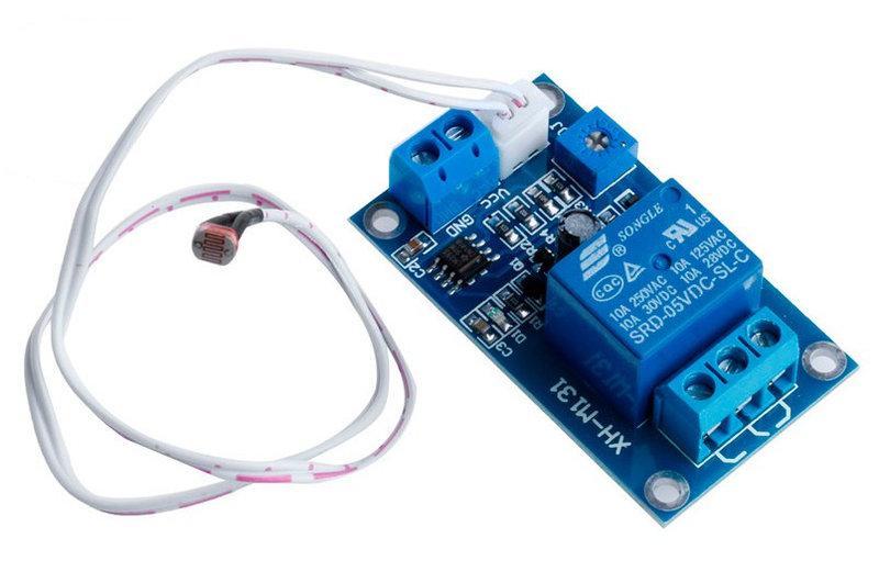 Модуль датчик света + реле (XH-M131) 5V