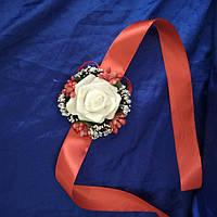 Бутоньерка роза для жениха, гостей, свидетелей бирюза