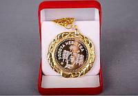 """Медаль """"Золота невістка"""" в подарочной коробке"""