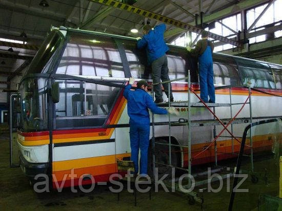 Чистка стеклопакаетов автобусов  МАЗ