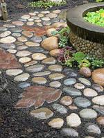 Камень галька плоская для облицовки прудов фантанов и ручьев