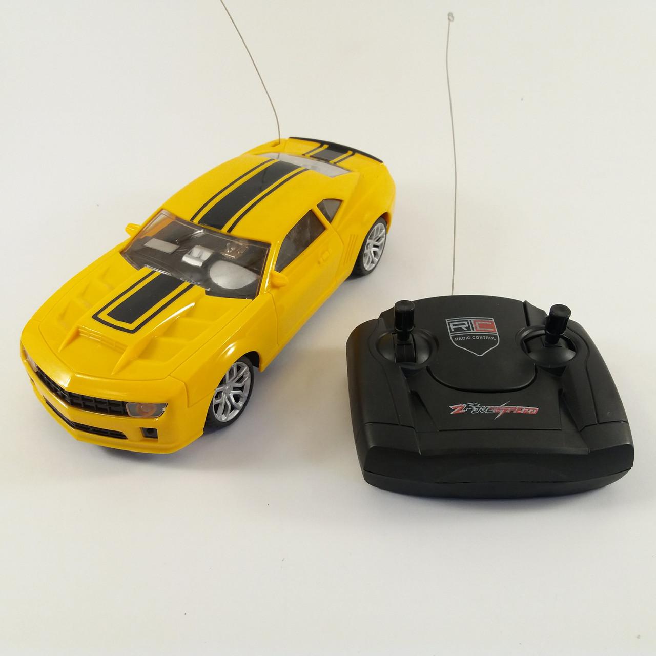 Автомобиль на радиоуправлении Chevrolet Camaro Желтый