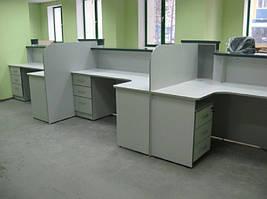 Офисные столы для банков