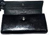 Женский черный кожаный кошелек Hassion на кнопке под рептилию, фото 3