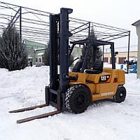 Японский дизельный вилочный погрузчик 4 тонны Caterpillar DP40K б/у