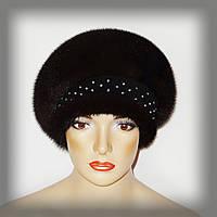 Женская шапка-берет на замшевой ножке со стразами
