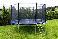 Батуты 374 см FunFit для двора с сеткой и лесенкой
