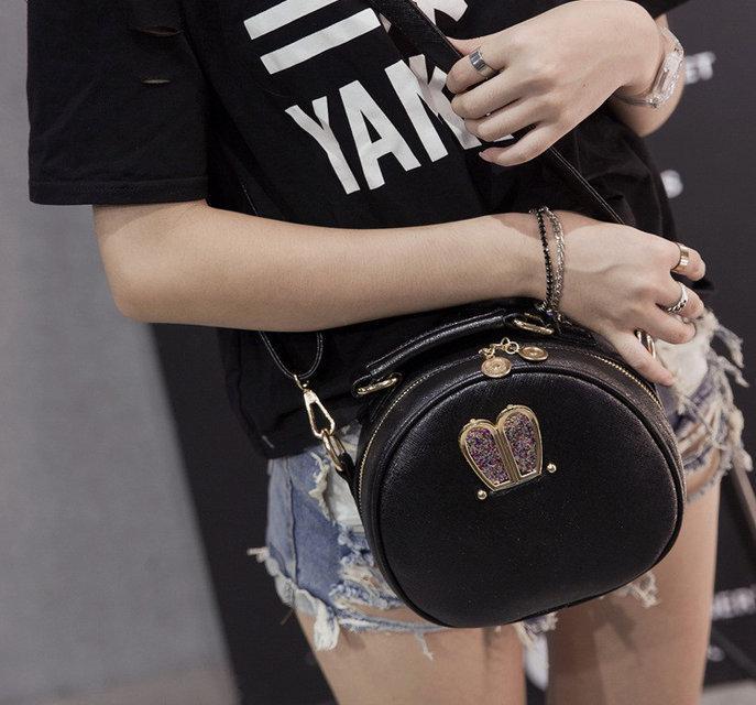 Модная сумочка клатч уши