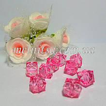 Бусины пластиковые, прозрачные, граненный квадрат, 10х10 мм, 10 шт., цвет розовый.