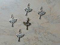 Металлический декор Балеринка серебро со стразами 1,9*2,9 см
